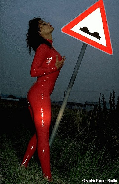 Latex-Lady